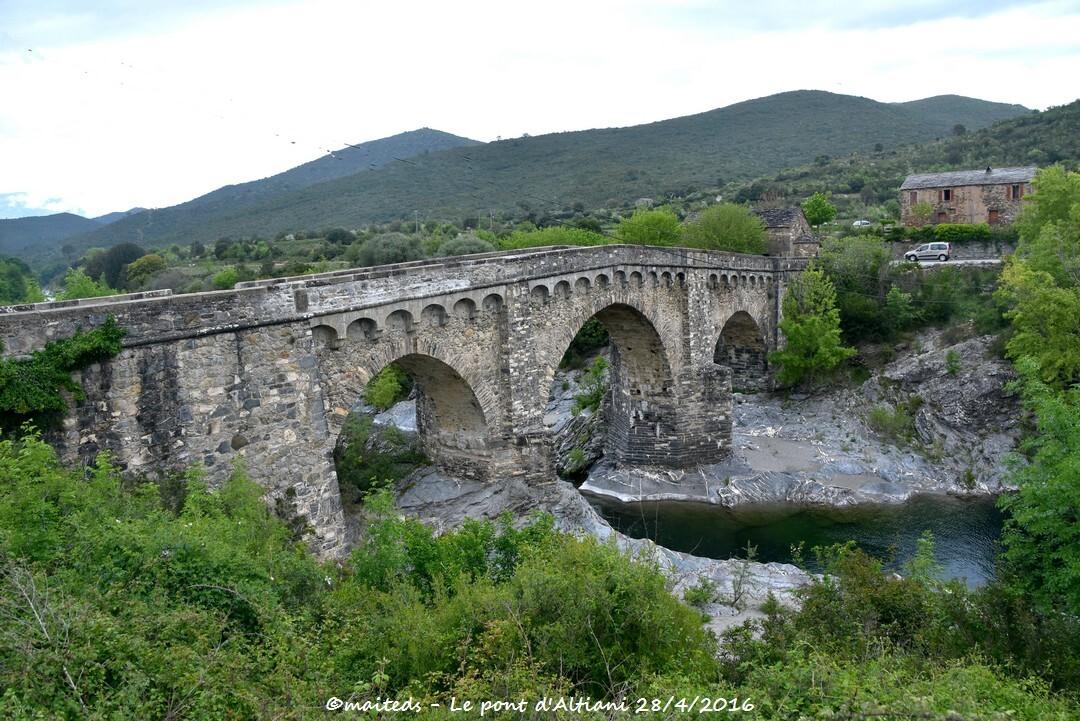 Pont génois d'Altiani - Corse