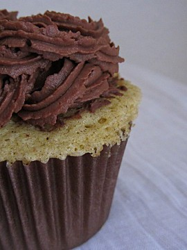 cupcake-poiebelleh2.JPG