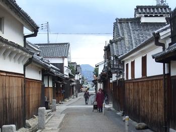 800px-tondabayashi_jinaicho_2006_1229_153448