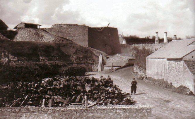 Fours à chaux Bonnargent à Saint-Gaultier vers 1900