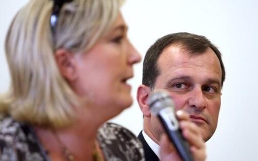 Louis Aliot est rémunéré 5000 euros par mois par sa compagne pour un temps partiel comme collaborateur au Parlement européen.