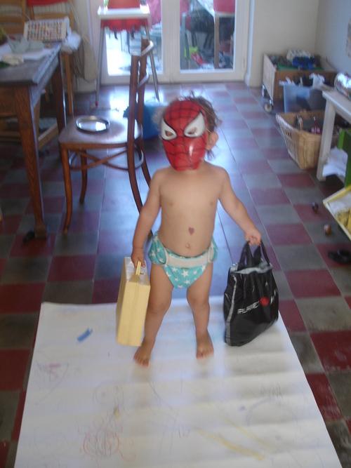 28 juillet '14 - Vais partir maman!  ou comment ma fille veut se faire la malle à 2 ans