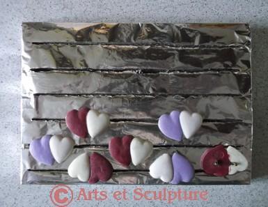 Conseils cuisson d'un grand nombre d'épinglettes en FIMO sans déformation - Arts et Sculpture: sculpteurs, artisans d'art