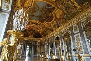 Château-de-Versailles-Galerie-des-glaces-001