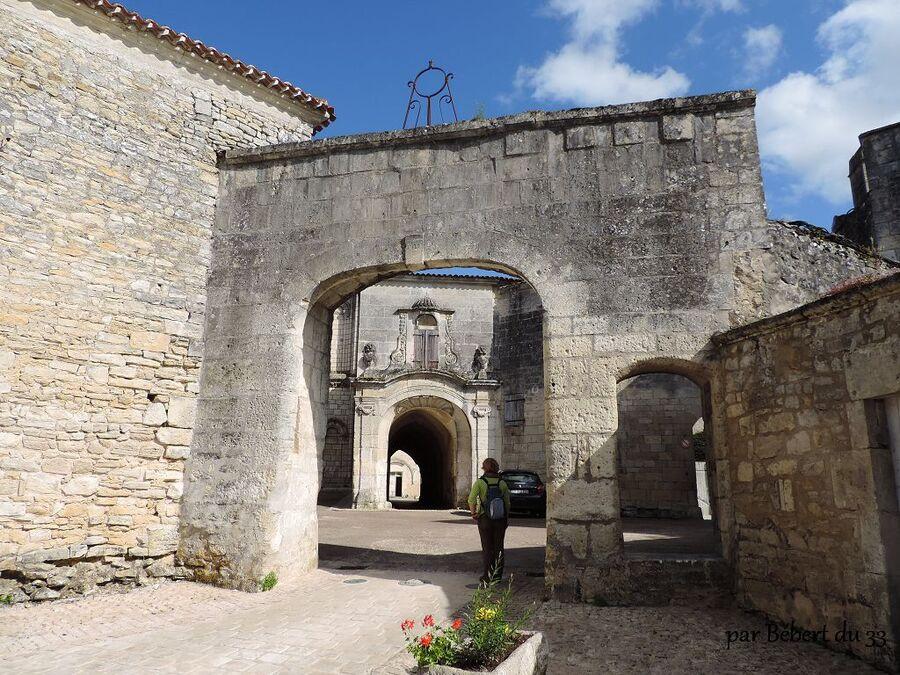 l'abbaye de Bassac  (16) -3