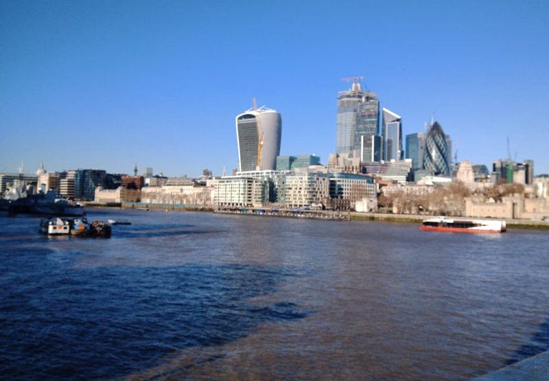 Suite Londres...