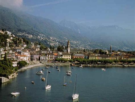 Me voilà en vacances .... Comme chaque année ... Au Tessin Suisse ... pour 3 mois au moins !