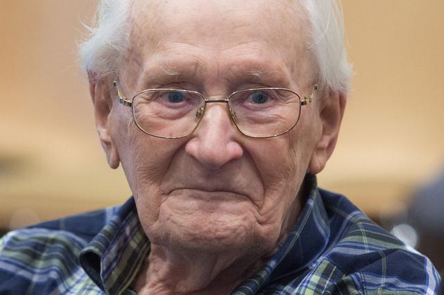 Quatre ans de prison pour l'ancien comptable d'Auschwitz