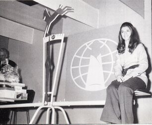 26 Avril 1970 : Reine de la confiserie NOUVEAUTES