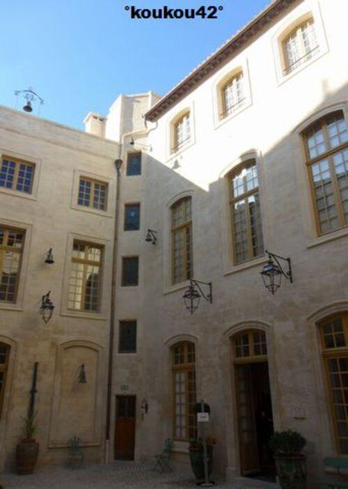 Echappée belle Avignonnaise. Le palais du Roure.