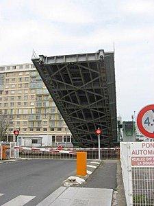 pont levant 2-1