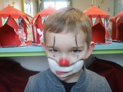 maquillage clownesque...