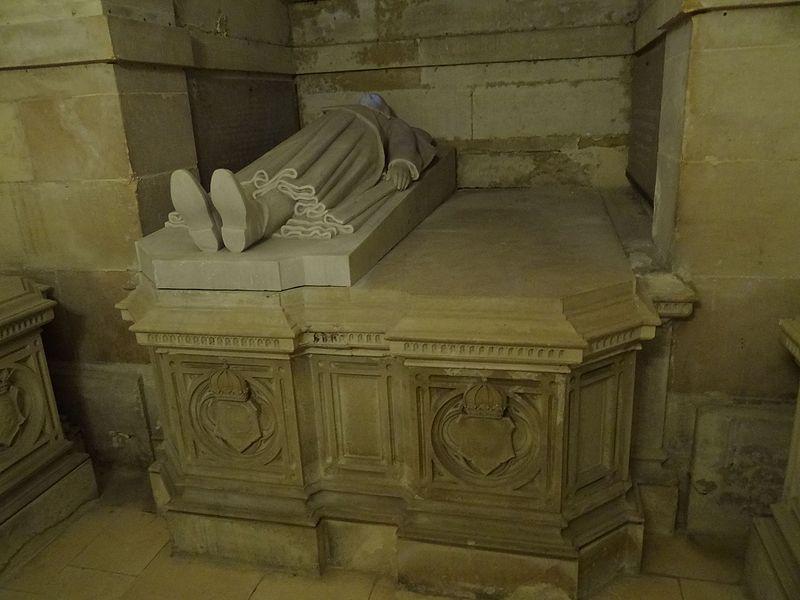Tombeau de Louis d'Orléans-Bragance (1878 - 1920) et de Marie-Pie de Bourbon-Siciles (1878 - 1973) 1.jpg