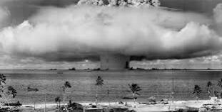 Ciné/débat : La bombe et nous