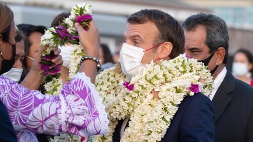 Macron à Tahiti (source LINFO.re)
