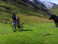 """La """"Roulante"""" et la Fulgurante du Val d'Azun,"""