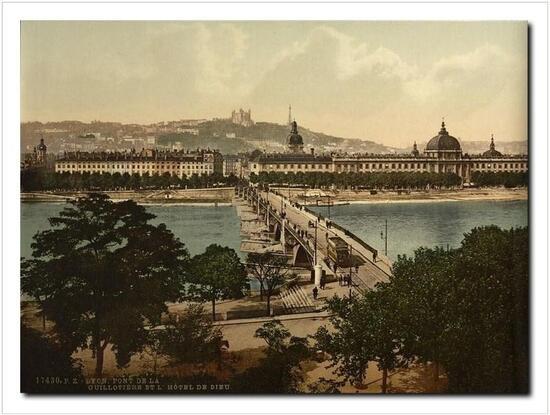 Pont de la Guillotière et l'Hôtel Dieu