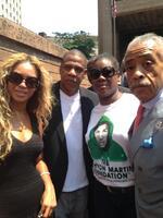 Trayvon Martin : Jay Z et Beyoncé ont manifesté aux côtés de la famille