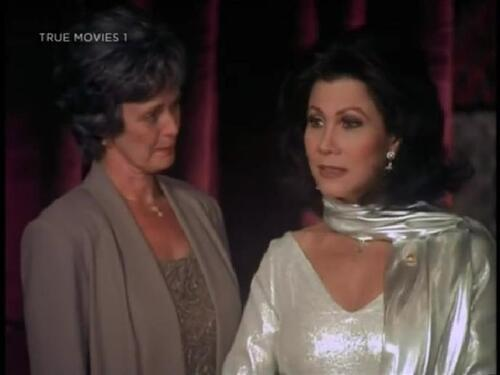 """Michele Lee dans """"Scandaleusement vôtre""""."""