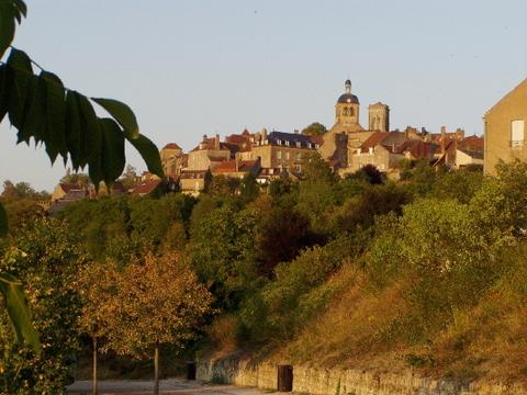 La basilique et la colline