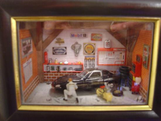 Le Garage De Mon Fils Michel Vitrines Et Miniatures