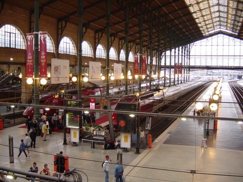 La gare du Nord va se transformer en boite de nuit géante !