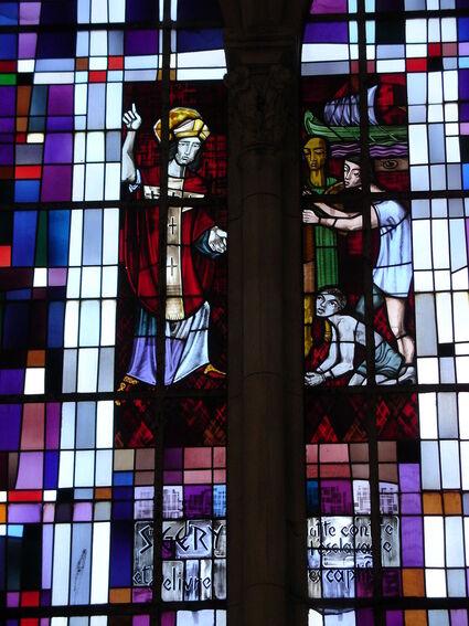 Arras église Saint-Géry vitrail 6.JPG
