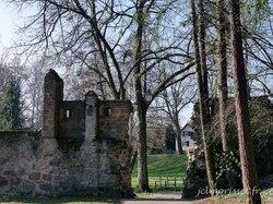 les remparts et le chemin de ronde à Wissembourg