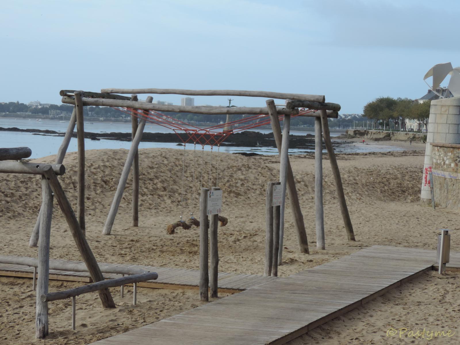 SaintNazaire, aménagements en bord de mer....