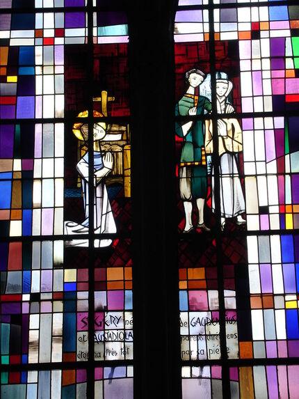 Arras église Saint-Géry vitrail 2.JPG