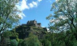 Edinburgh, Week 19