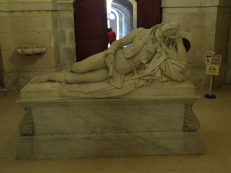 Cénotaphe de Louis-Charles d'Orléans (1779 - 1808).jpg
