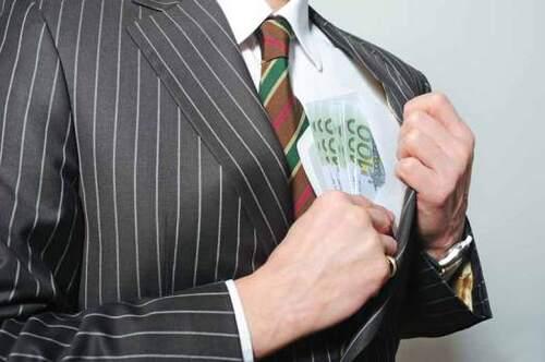 - Dépénalisation du droit des affaires : La justice de classe officialisée !
