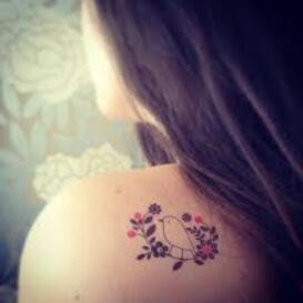 les tatouages et bijoux de corps