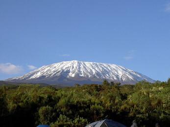 http://img.over-blog.com/500x375/1/12/23/08/Article-40/Kilimandjaro.jpg