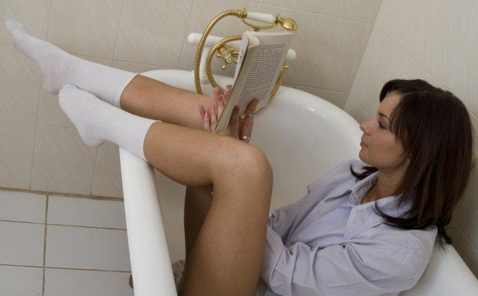 Можно ли принимать горячую ванну при геморрое