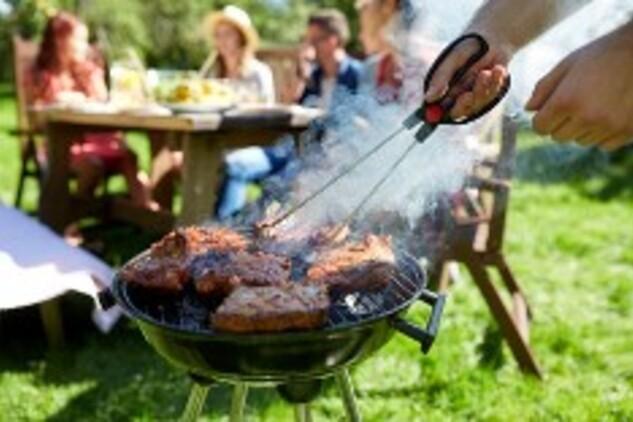 Barbecue et voisinage : y a-t-il des règles ?