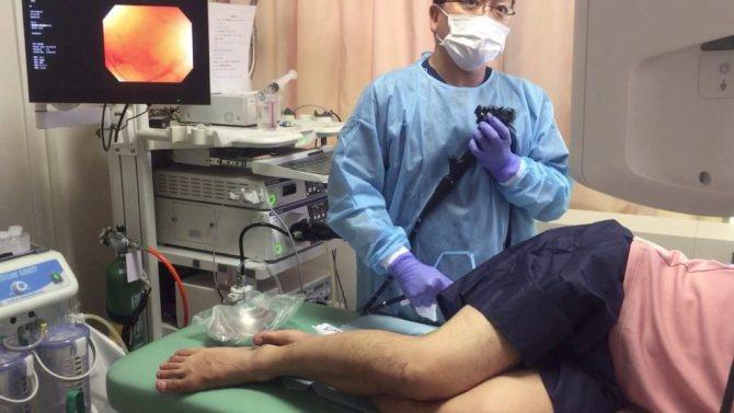 Можно ли делать процедуру колоноскопия при геморрое или это опасно