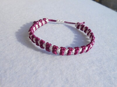 Bracelet Square Knot/Cross Chain (1)