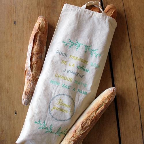 Du pain dans leur sac autour du villag mais pas que !