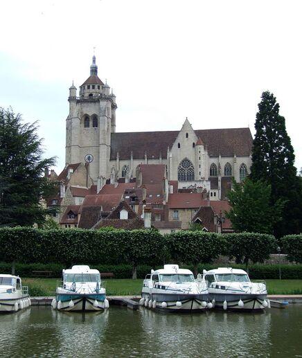image illustrative de l'article Collégiale Notre-Dame de Dole