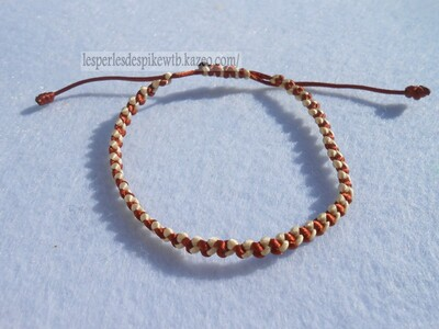 Bracelet - Half Hitch (2)