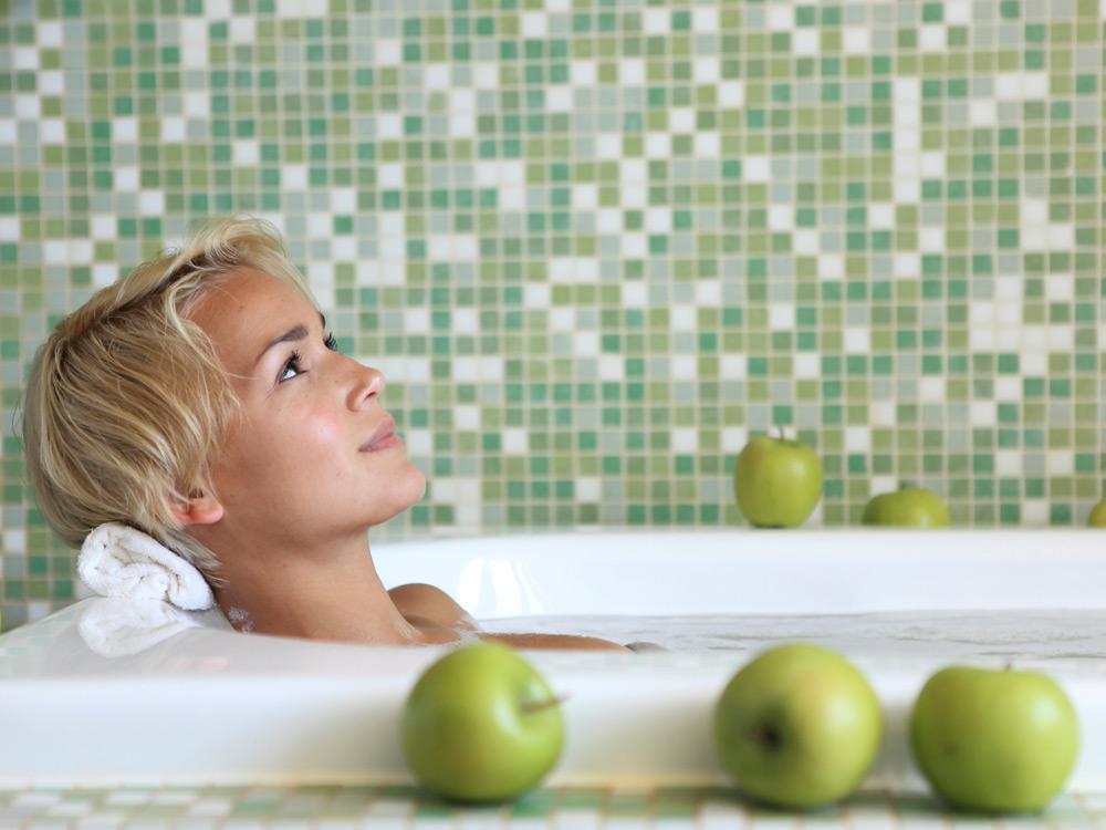Лечение геморроя ванны с содой