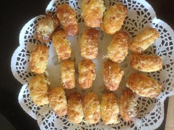 minis cakes jambon/fromage et courgette/oignon - saucisses feuilletées