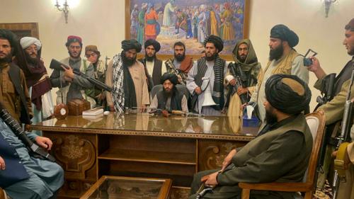 Talibans dans la palais présidentiel-Kaboul 16/8/21 Photo Zabi Karimi