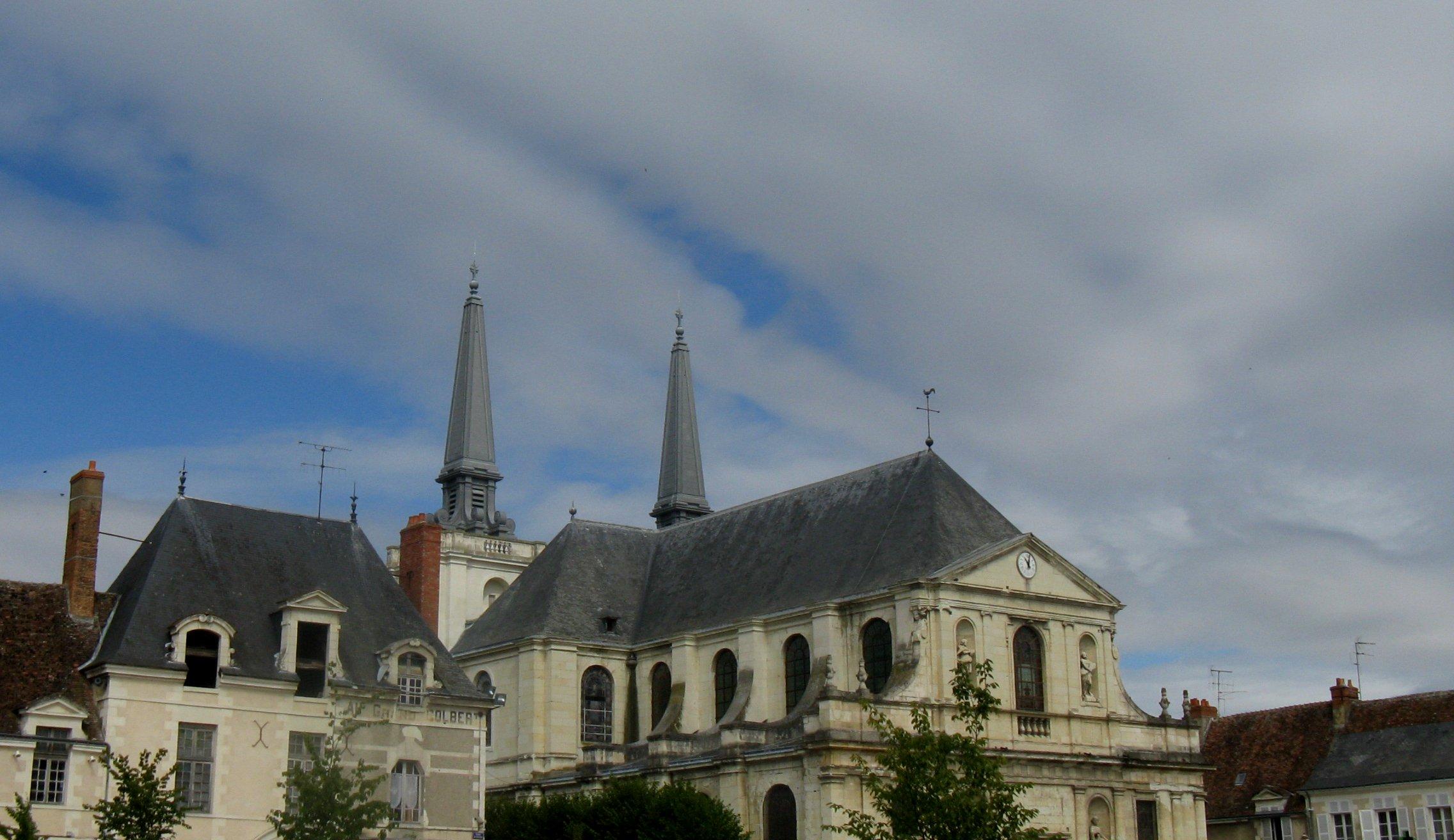 RICHELIEU (37)- Eglise Notre Dame