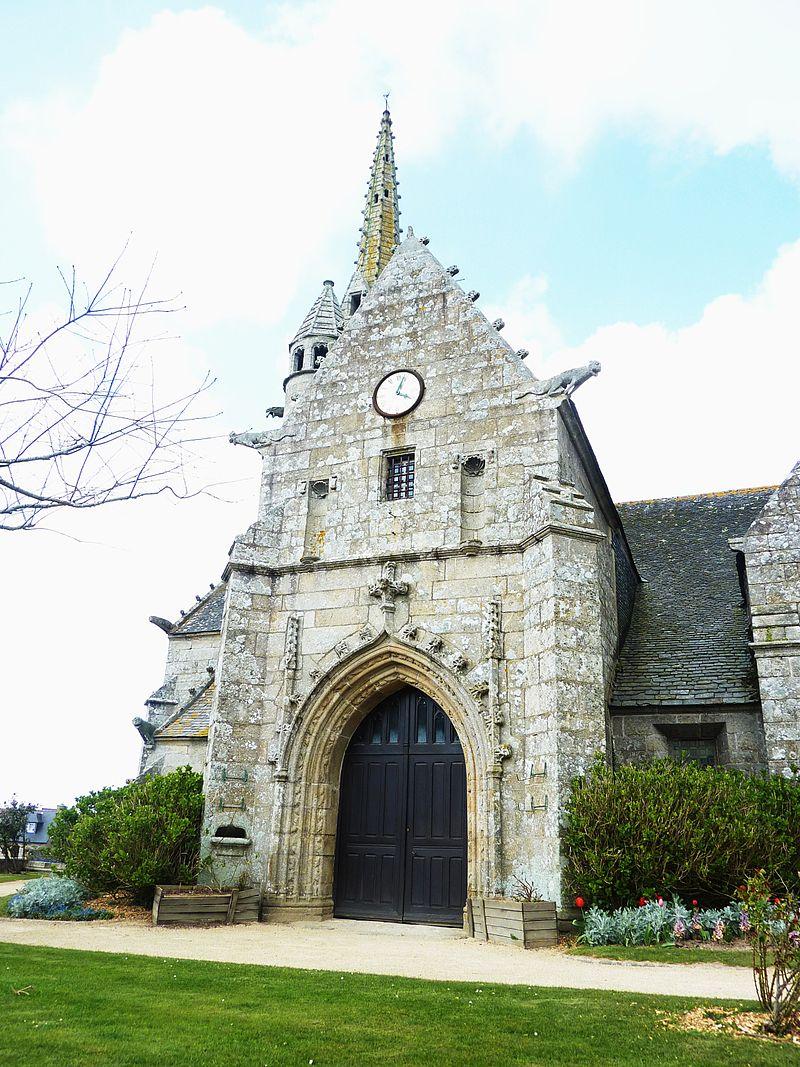 017 Ploumilliau Eglise Saint-Milliau Façade latérale@250x140.JPG