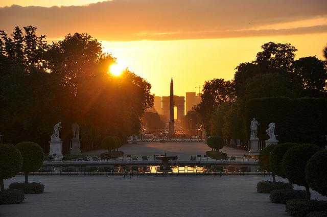 """Résultat de recherche d'images pour """"coucher de soleil aux Tuileries"""""""