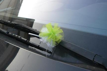decoration mariage voiture invites noeud