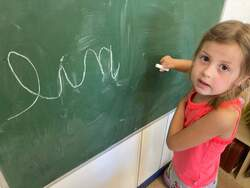 -Les grands de maternelle écrivent